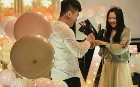 武汉浪漫求婚 人生只若初相见