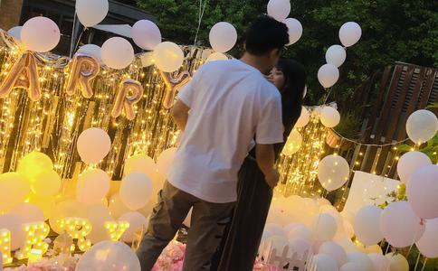 南宁卡美诺餐厅超浪漫求婚 为他们的完美爱情点个赞