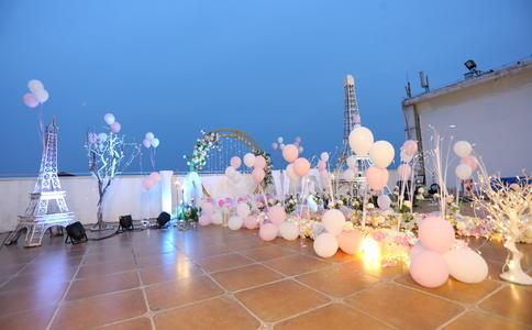 天津七夕节浪漫求婚 咖啡厅结束十年爱情长跑