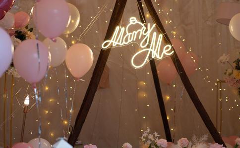 月亮湖旅游区求婚圣地推荐,在月亮湖旅游区来一场浪漫求婚仪式
