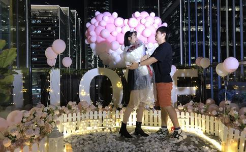 大庆浪漫餐厅专属求婚 带着最爱的玫瑰嫁给最爱你的我