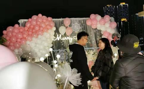 石家庄最浪漫的求婚视频 两人直接在美丽的地方定下终生