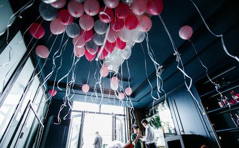 太原红灯笼电影院的求婚创意浪漫爆表