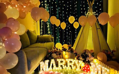 天津电影院惊喜求婚 只想给你最好的浪漫