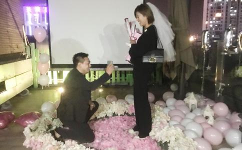 河南郑州传统求婚习俗 360度无死角求婚戒完美展现