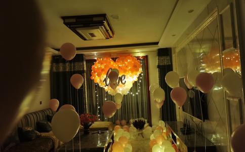 怎么准备浪漫的餐厅求婚   南京求婚创意策划