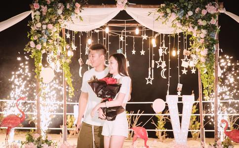 宁波浪漫的求婚创意 你的存在为我增添许多色彩