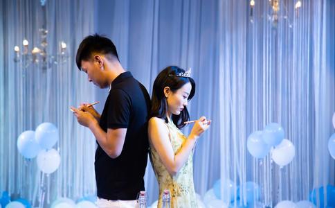 武汉跨年夜求婚大作战 亿万人共同见证你我真爱