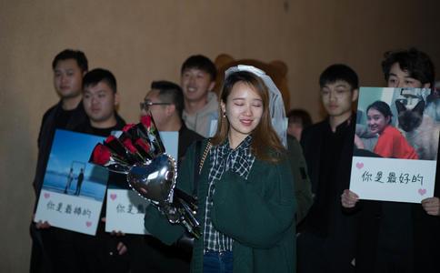 深圳街頭快閃求婚視頻,浪漫快閃求婚視頻