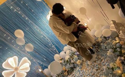 南京大学浪漫灯海求婚 此次求婚只为你量身定做