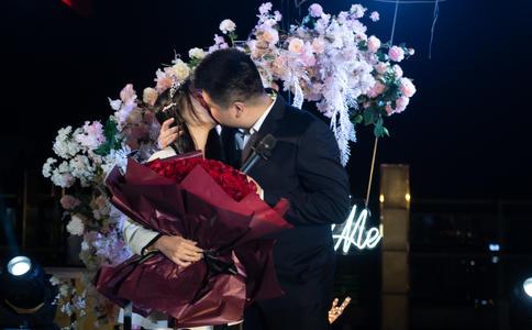 Tell Love领导武汉求婚策划行业兴起
