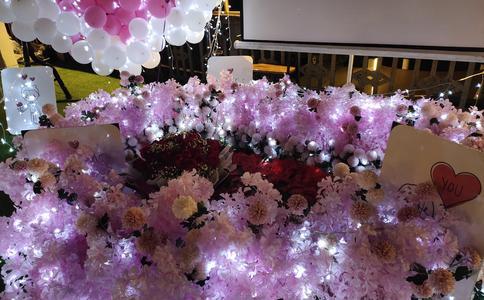 宁波联盛中影电影院浪漫求婚 遇见你是我最大的幸福