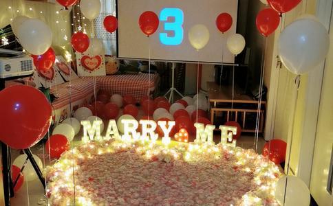 上海独特意义的求婚歌曲 把整个求婚场面都沉浸在幸福歌声中