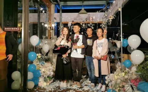 广州商场求婚创意 特别的爱给特别的你