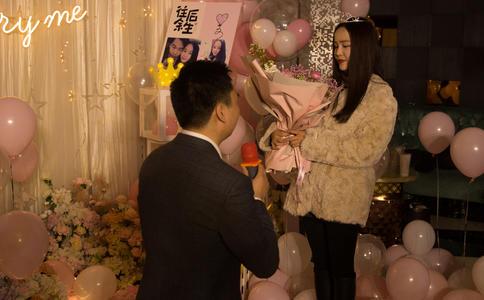 湛江餐厅上演惊喜浪漫求婚 一生都难以忘怀的浪漫