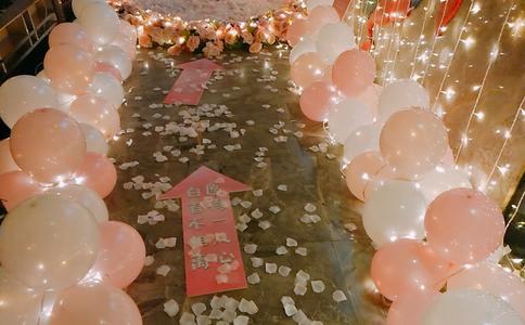 荆州五星级酒店浪漫求婚 爱的光影打造仲夏夜之梦