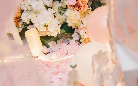 温馨感人的福州求婚创意 浪漫海边打造一生难忘的幸福