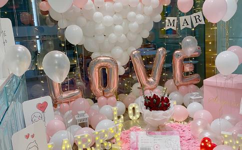 重庆灯海求婚视频感动全场,重庆浪漫求婚视频