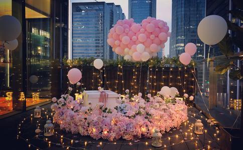 邯郸龙湖公园的创意求婚:呆萌程序员的浪漫爱情