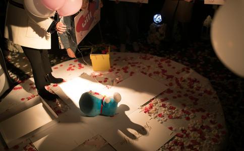 南京KTV浪漫求婚创意 精心策划一场让爱人感动的求婚