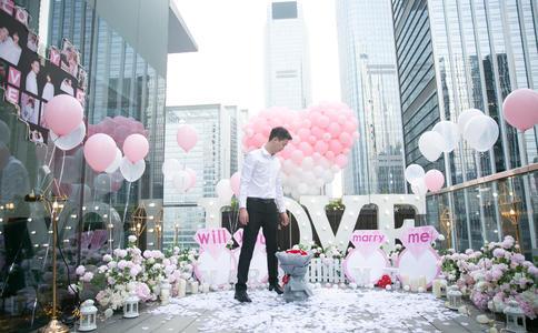 丽江浪漫的求婚创意 简单创意完美效果