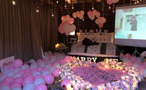 惠州电影院上演感人求婚 让所有人见证我们的爱情