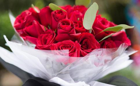 芜湖求婚绝招大放送 浪漫实用的求婚方式