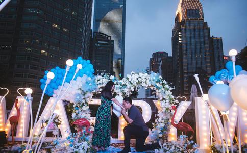 邂逅在西安华山之巅 史上最高峰求婚