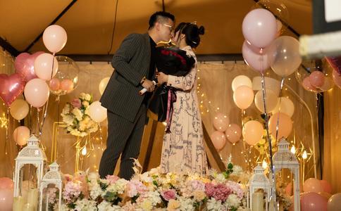 湛江浪漫求婚方式 各种浪漫感动全场