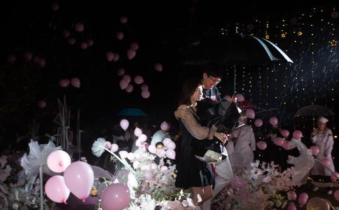 2016芜湖最经典求婚策划 方特梦幻王国成就她的浪漫梦