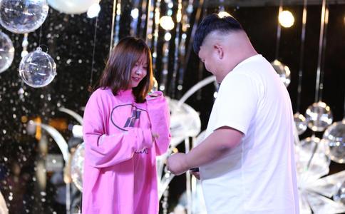爱她,就给她别样的求婚方式-广州创意求婚
