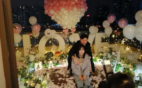 东营张扬的商场求婚方式 让浪漫撞击你的心弦