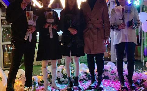 哈尔滨防洪纪念塔下见证一段浪漫温馨求婚