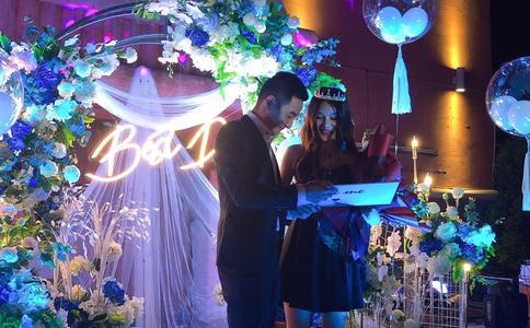 南昌萤火虫求婚创意 让她瞬间窒息的浪漫求婚