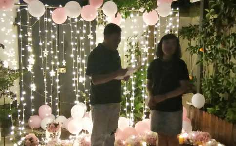石家庄最感人的浪漫求婚方式 为她献上真爱