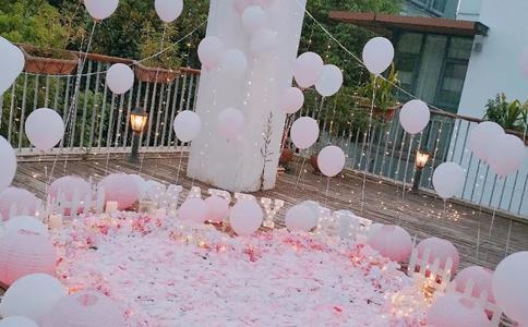 宁波五星级酒店上演极限浪漫求婚 特立独行的唯美求婚策划