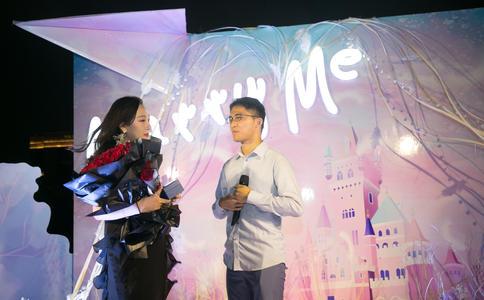 天津工程职业学院上演浪漫求婚 你们的祝福在哪里?