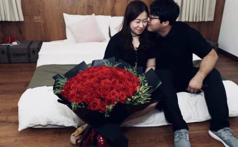 南京浪漫简单求婚创意 敲开对方的最后一道心门