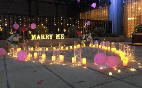 惠州感人求婚创意 婚前的遗憾终于得到了补偿